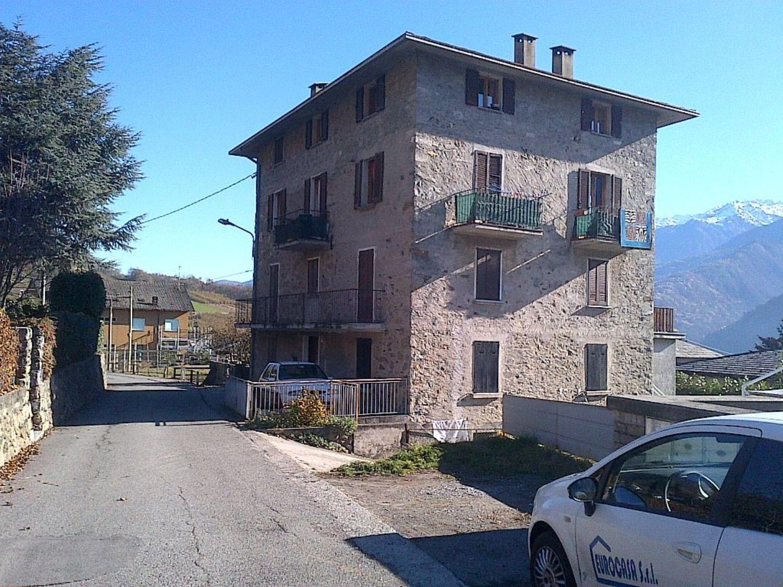Appartamento in affitto a Tresivio, 2 locali, prezzo € 250 | CambioCasa.it