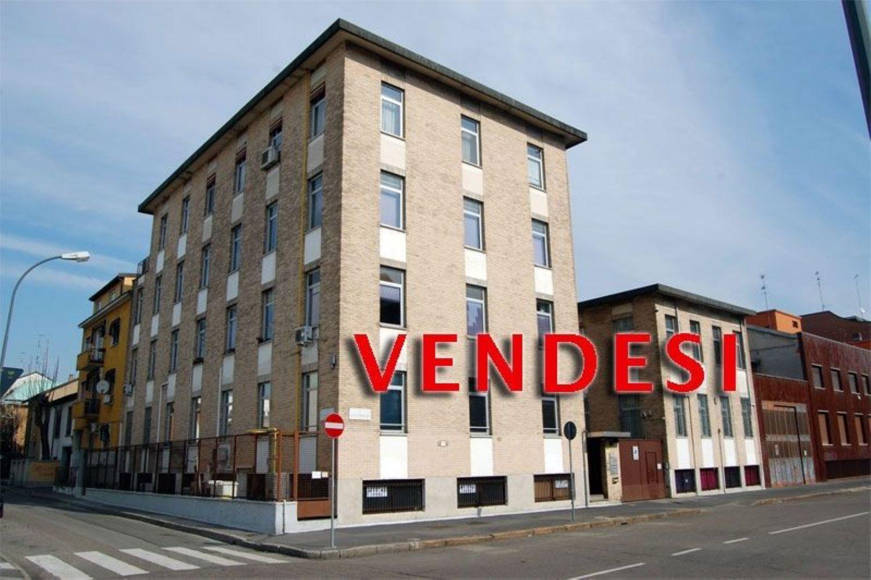 Soluzione Indipendente in vendita a Milano, 40 locali, prezzo € 4.100.000 | CambioCasa.it