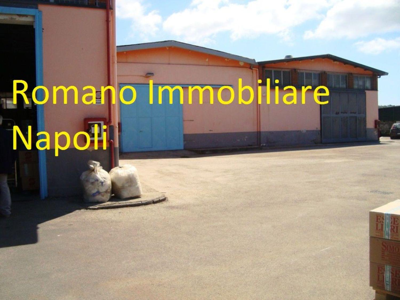 Capannone in affitto a Pozzuoli, 9999 locali, prezzo € 3.500 | CambioCasa.it