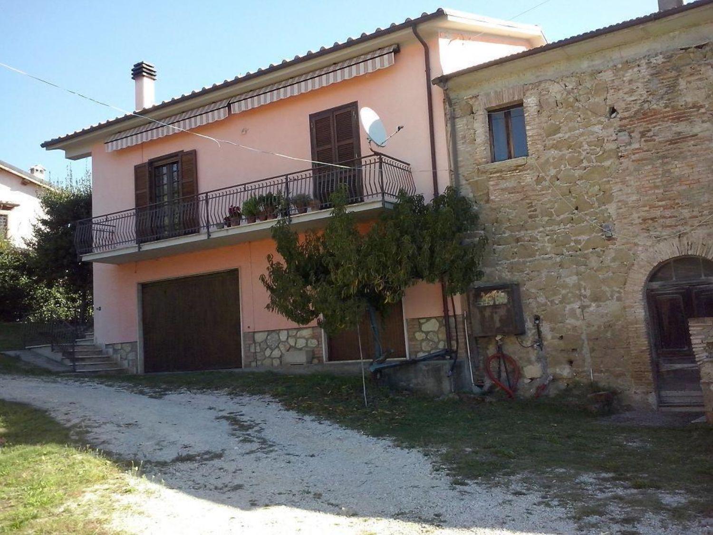 Villa Bifamiliare in Vendita a Orte