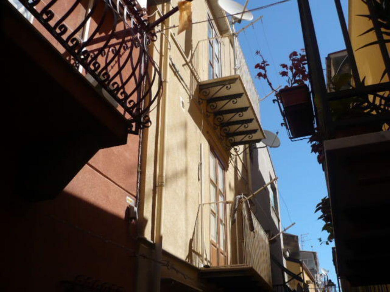 Soluzione Indipendente in vendita a Termini Imerese, 3 locali, prezzo € 50.000 | Cambio Casa.it