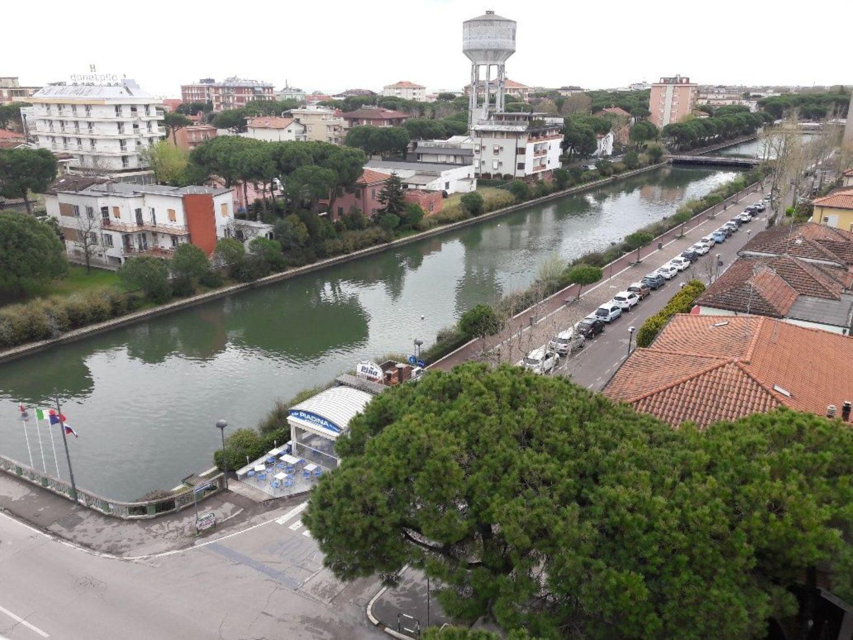 Immobile Commerciale in vendita a Cesenatico, 9999 locali, prezzo € 1.100.000   CambioCasa.it
