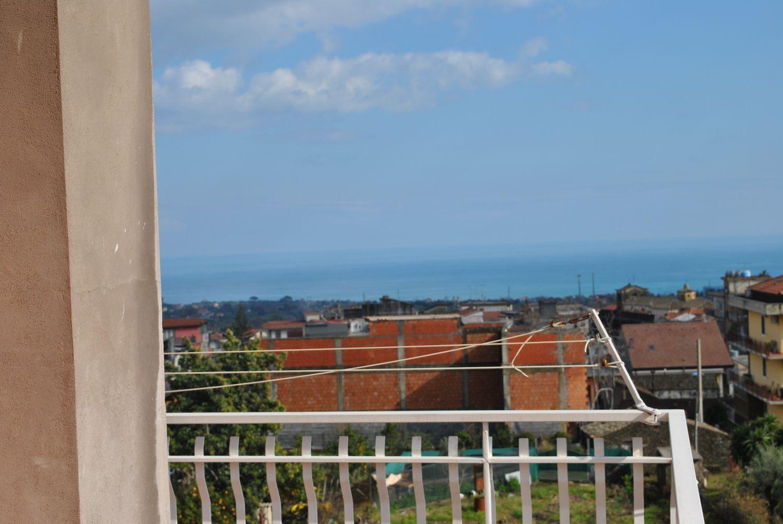 Appartamento in affitto a Santa Venerina, 4 locali, prezzo € 350 | Cambio Casa.it