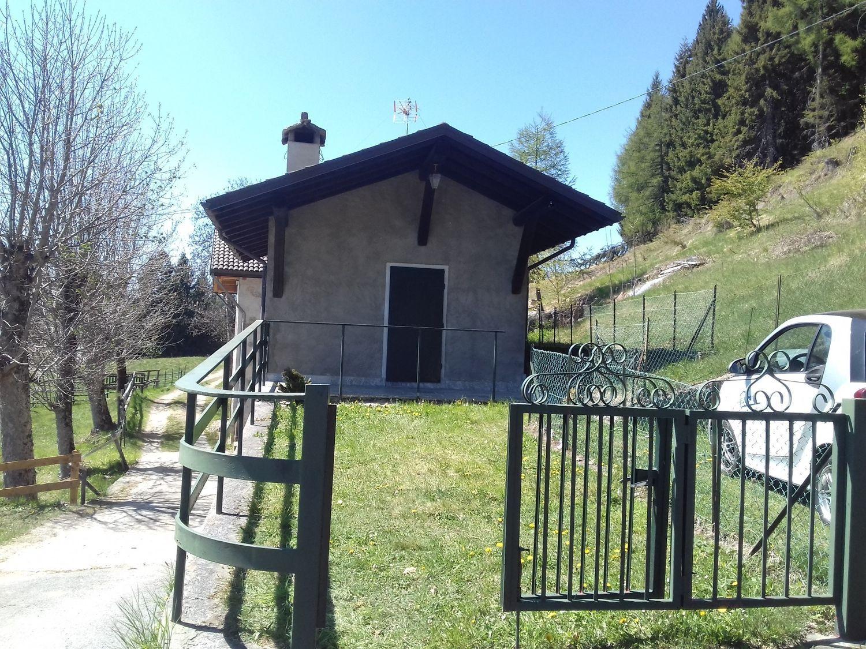 Soluzione Indipendente in affitto a Tresivio, 3 locali, prezzo € 200   Cambio Casa.it