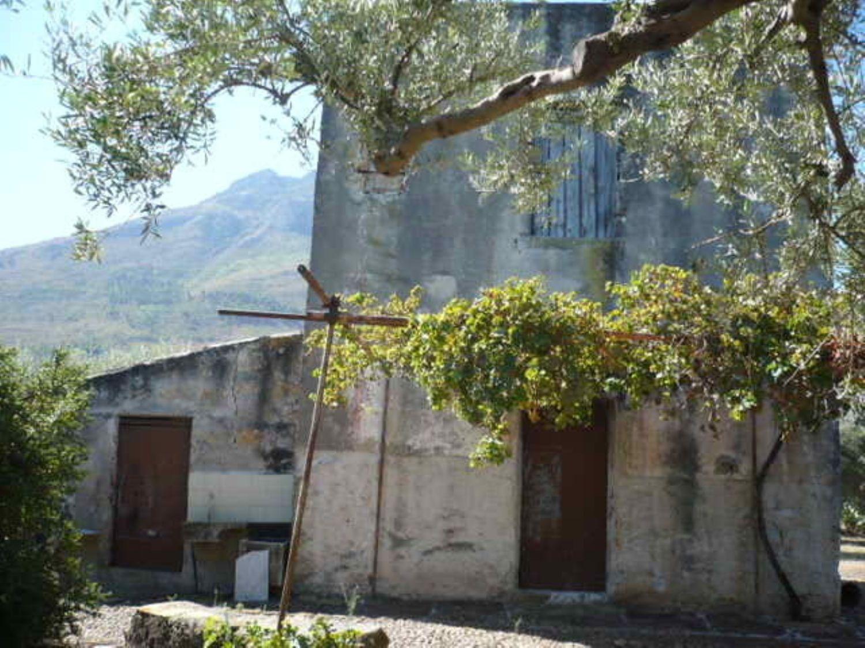 Appartamento in vendita a Termini Imerese, 5 locali, prezzo € 40.000 | Cambio Casa.it