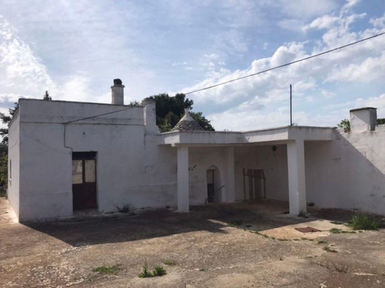 Appartamento in vendita a Ceglie Messapica, 3 locali, prezzo € 38.000 | CambioCasa.it