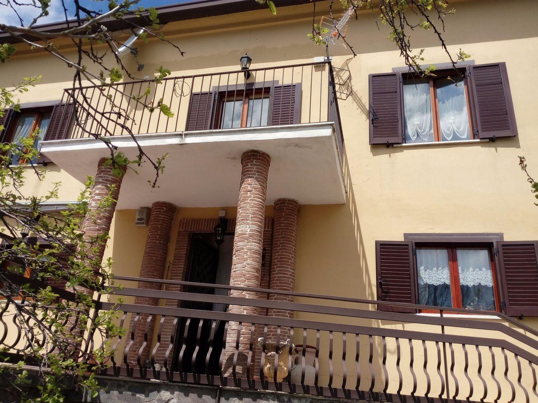 Soluzione Indipendente in affitto a Monteforte Irpino, 5 locali, prezzo € 650 | Cambio Casa.it