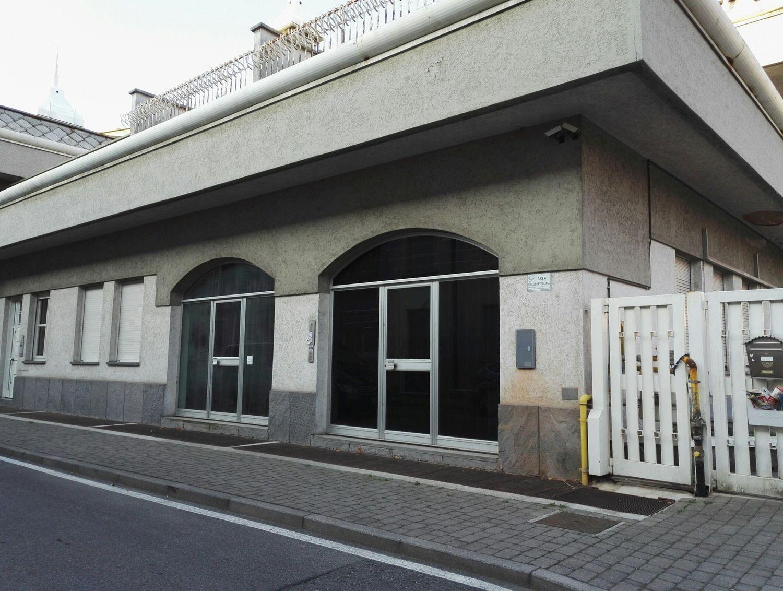 Ufficio / Studio in vendita a Varedo, 9999 locali, prezzo € 110.000 | Cambio Casa.it