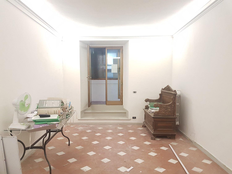 Stanza Ufficio Firenze : Ufficio in affitto viale spartaco lavagnini firenze fi duomo