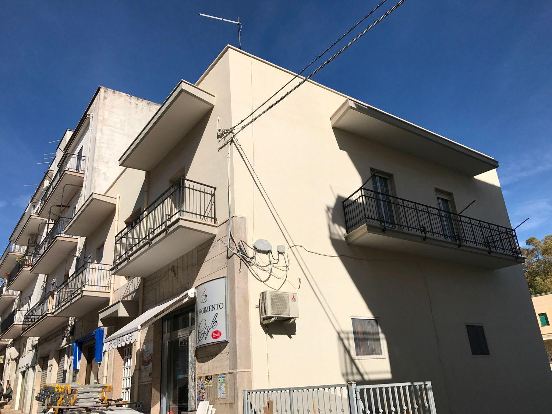 Appartamento in vendita a Ceglie Messapica, 4 locali, prezzo € 85.000 | Cambio Casa.it