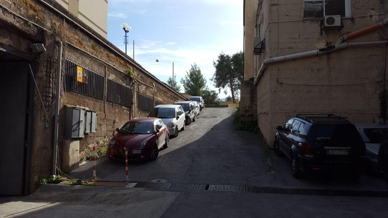 Immobile Commerciale in affitto a Palermo, 9999 locali, prezzo € 800 | CambioCasa.it