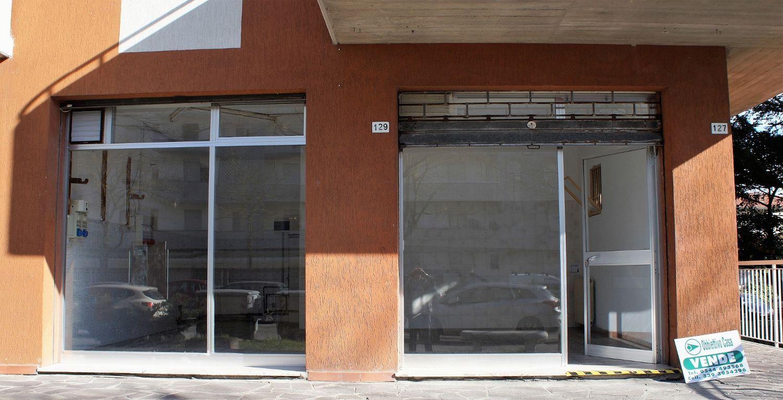 Immobile Commerciale in vendita a Ravenna, 9999 locali, prezzo € 85.000 | CambioCasa.it