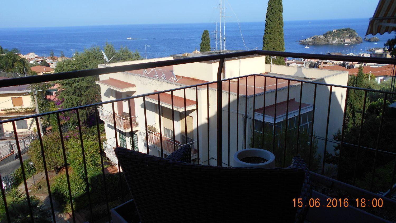 Appartamento in vendita a Aci Castello, 5 locali, prezzo € 193.000 | Cambio Casa.it