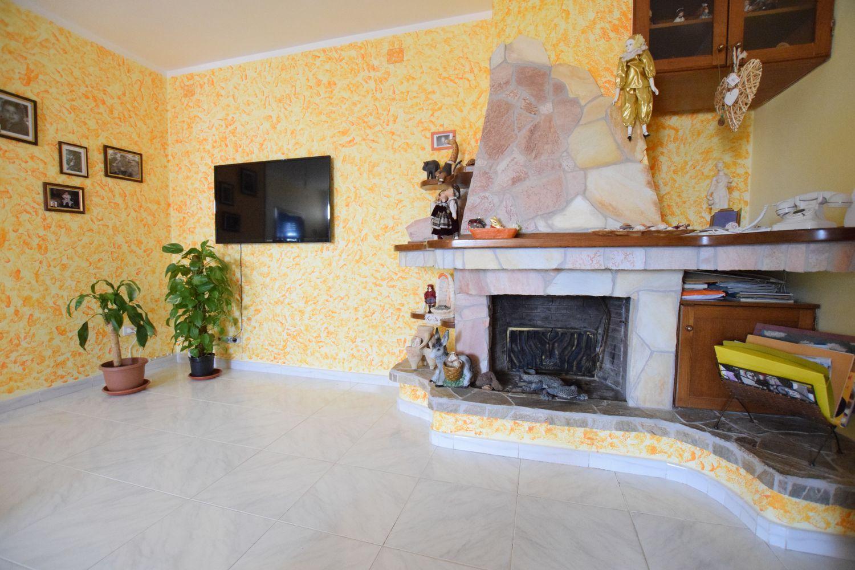 Appartamento in vendita a Ossi, 4 locali, prezzo € 135.000 | Cambio Casa.it