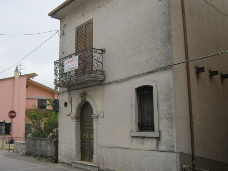 Appartamento in vendita a Fragneto L'Abate, 6 locali, prezzo € 67.000 | Cambio Casa.it