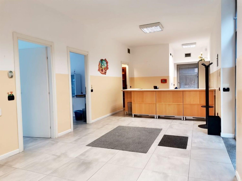 Ufficio / Studio in affitto a San Donato Milanese, 9999 locali, prezzo € 3.000 | PortaleAgenzieImmobiliari.it