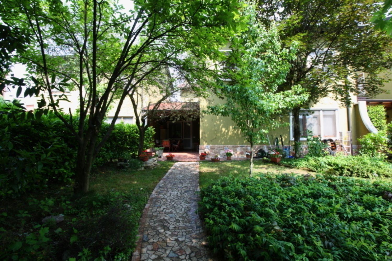 Villa a Schiera in Vendita a Paullo