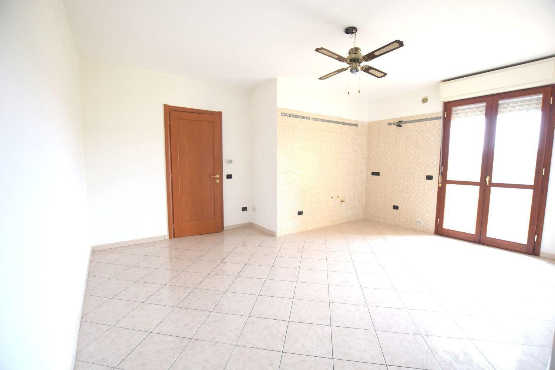 Appartamento in affitto a Sassari, 3 locali, prezzo € 450 | Cambio Casa.it