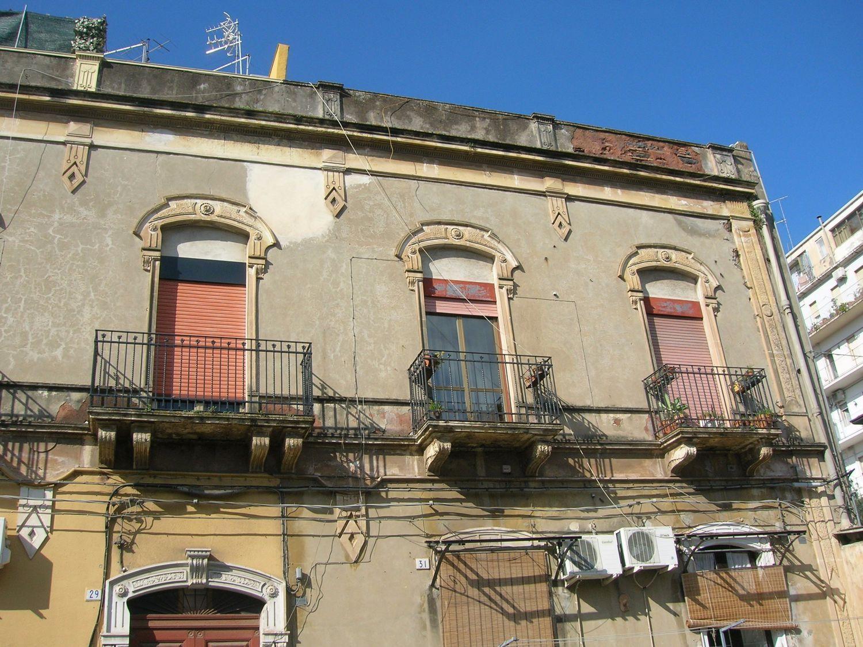 Attico / Mansarda in vendita a Catania, 3 locali, prezzo € 90.000 | CambioCasa.it