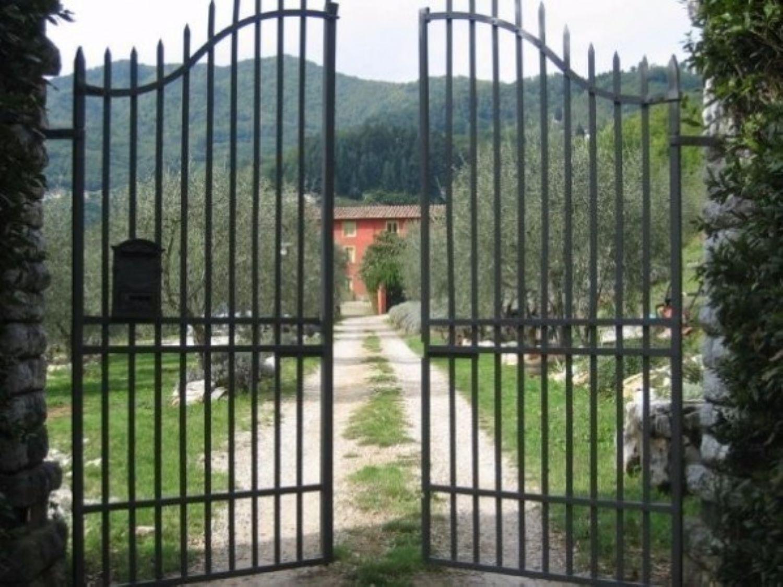 Appartamento in vendita a Borgo a Mozzano, 6 locali, prezzo € 2.000.000 | Cambio Casa.it