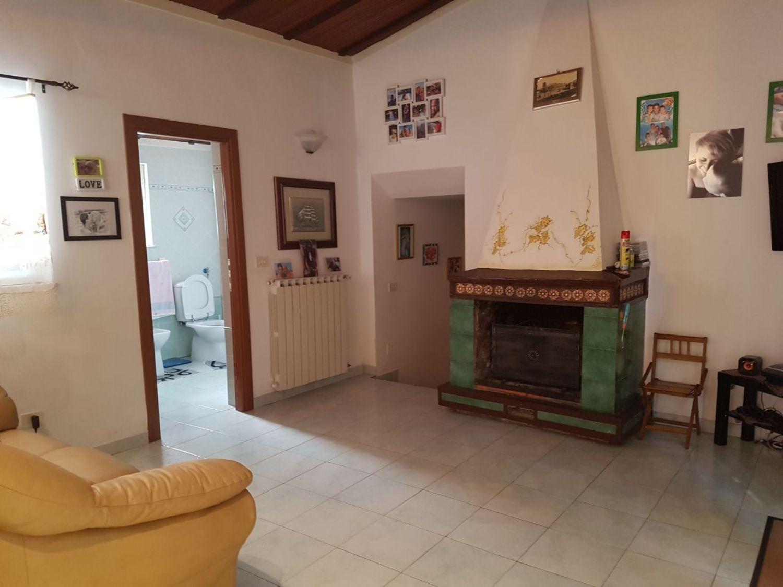 Soluzione Indipendente in affitto a Velletri, 3 locali, prezzo € 650 | Cambio Casa.it
