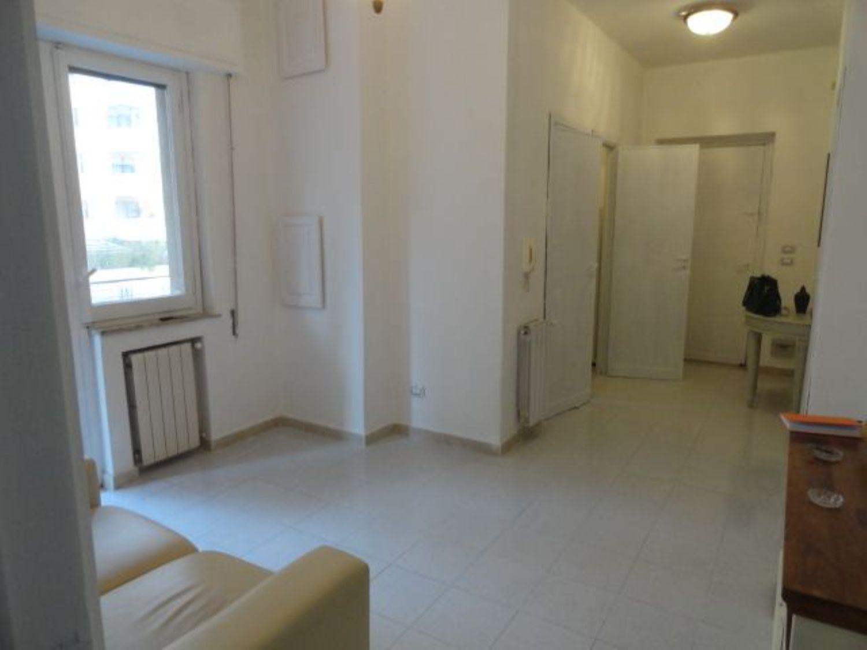 Appartamento in affitto a Palermo, 2 locali, prezzo € 650   CambioCasa.it