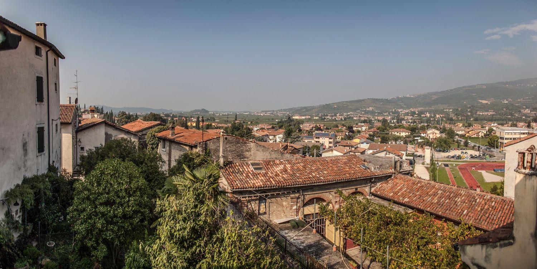 Attico / Mansarda in Vendita a San Pietro in Cariano