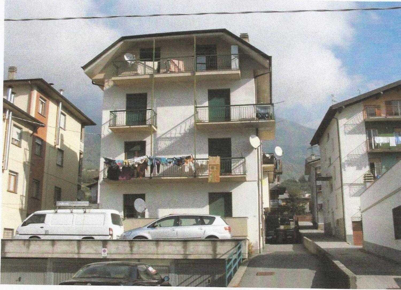 Appartamento in Vendita a Berbenno di Valtellina