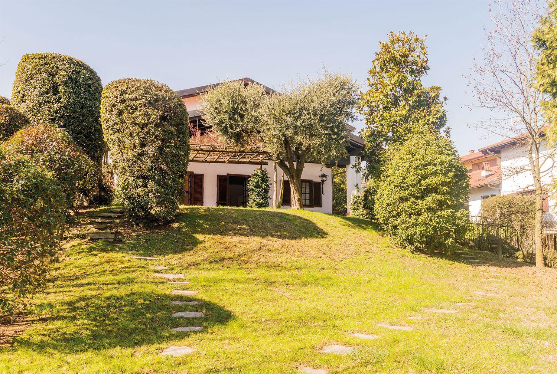 Soluzione Indipendente in affitto a Pecetto Torinese, 6 locali, prezzo € 2.400   PortaleAgenzieImmobiliari.it
