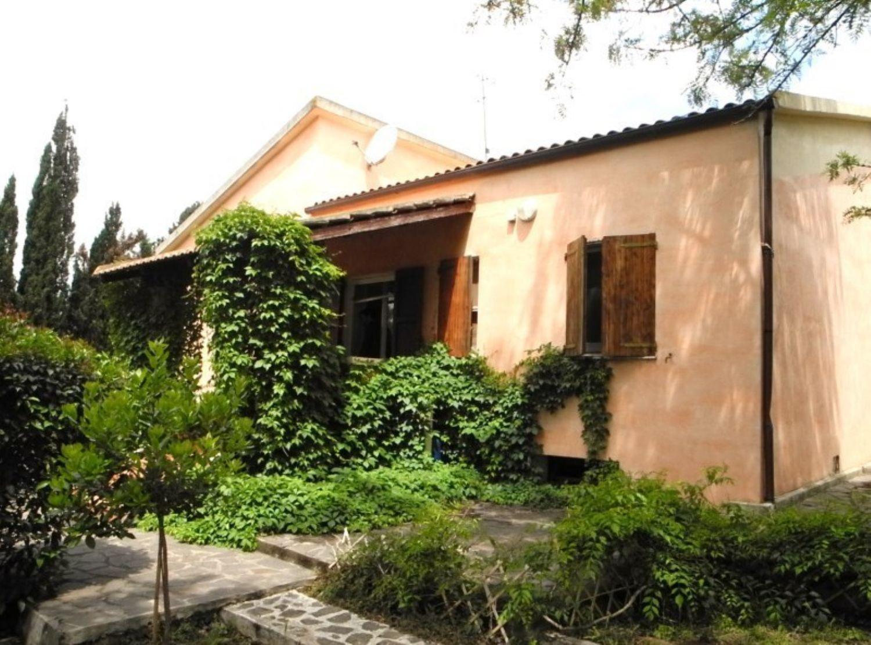Soluzione Indipendente in vendita a Sassari, 5 locali, prezzo € 259.000 | Cambio Casa.it