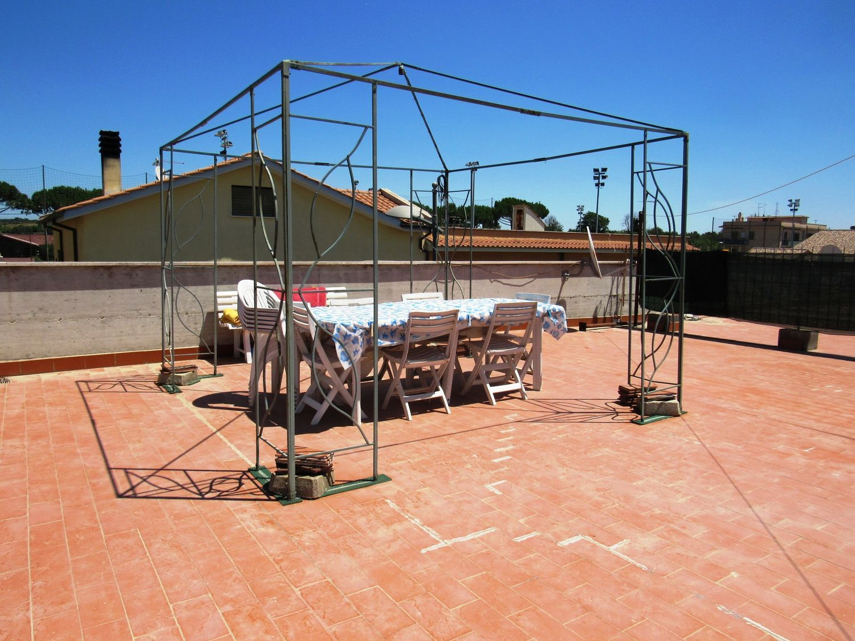 Duplex in vendita a Cerveteri, 2 locali, prezzo € 115.000 | CambioCasa.it