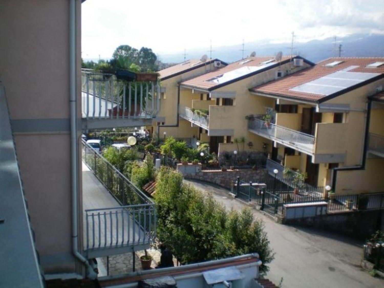 Duplex in vendita a Giardini-Naxos, 4 locali, prezzo € 139.000 | Cambio Casa.it