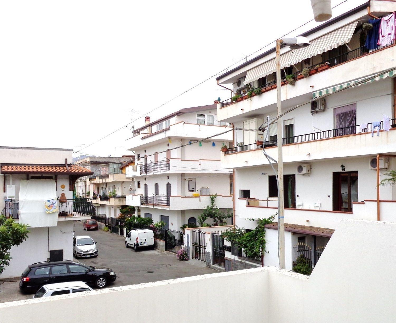 Soluzione Indipendente in vendita a Giardini-Naxos, 5 locali, prezzo € 79.000 | Cambio Casa.it