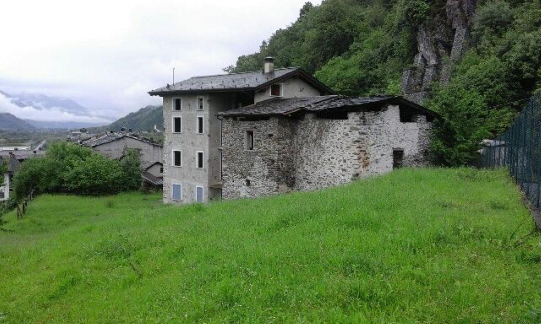 Soluzione Indipendente in vendita a Colorina, 10 locali, prezzo € 270.000 | Cambio Casa.it