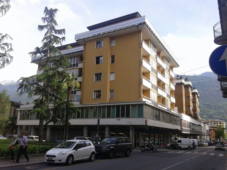 Appartamento in vendita a Sondrio, 3 locali, prezzo € 139.000 | CambioCasa.it
