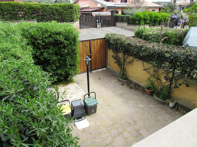 Villa a Schiera in vendita a Cerveteri, 5 locali, prezzo € 190.000 | CambioCasa.it