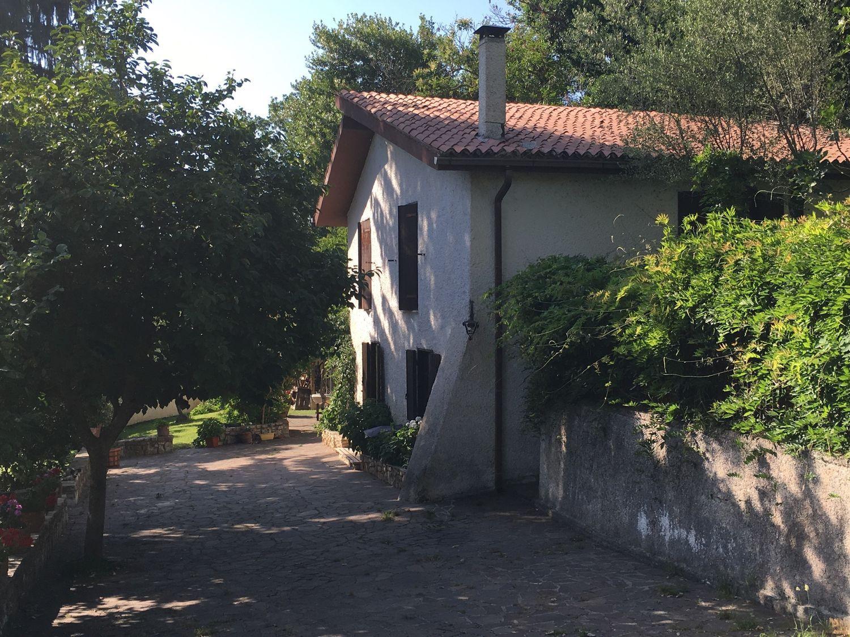 Soluzione Indipendente in vendita a Subiaco, 5 locali, prezzo € 270.000 | Cambio Casa.it