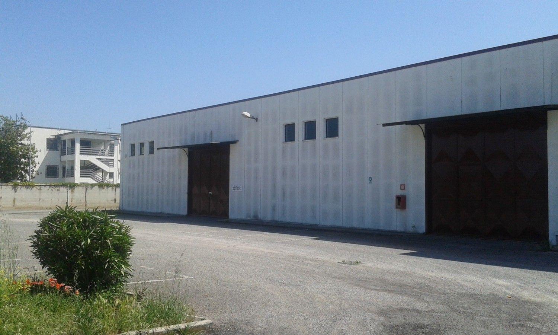 Capannone in vendita a Velletri, 9999 locali, prezzo € 1.050.000 | Cambio Casa.it