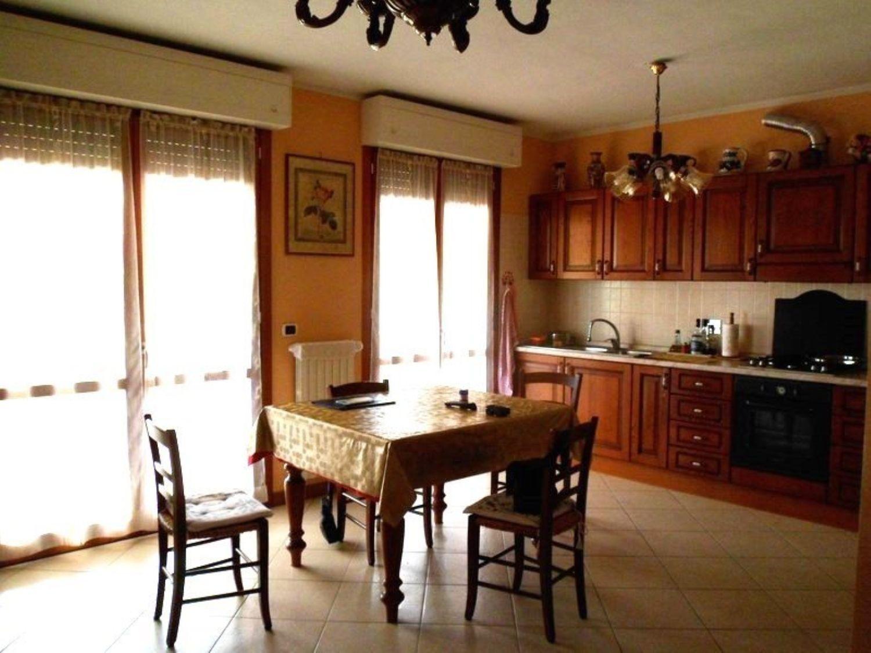 Appartamento in vendita a Dozza, 3 locali, prezzo € 175.000 | CambioCasa.it