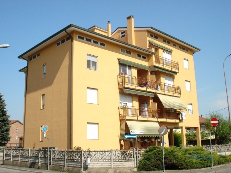 Appartamento in vendita a Masate, 4 locali, prezzo € 160.000 | Cambio Casa.it