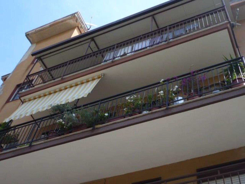 Appartamento in vendita a Termini Imerese, 5 locali, prezzo € 140.000 | Cambio Casa.it