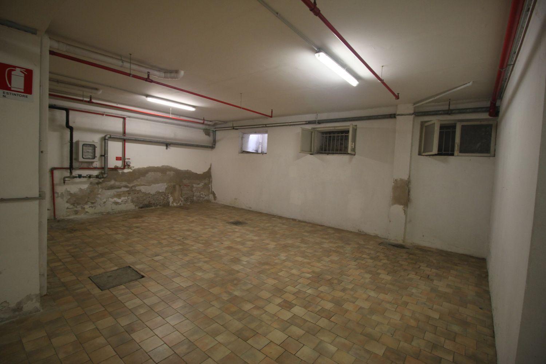 Box / Garage in affitto a Bologna, 9999 locali, prezzo € 300 | CambioCasa.it
