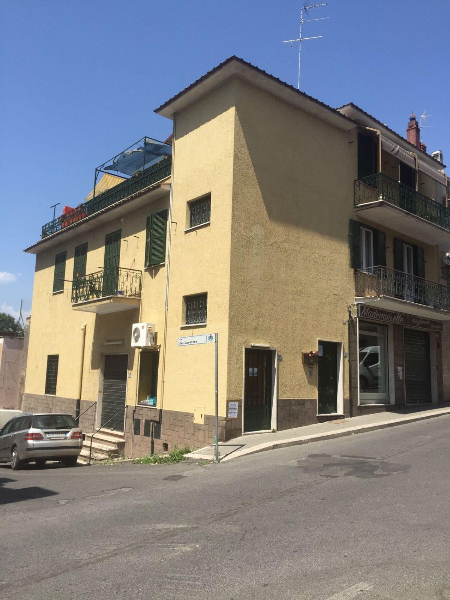 Immobile Commerciale in affitto a Cerveteri, 9999 locali, prezzo € 700 | Cambio Casa.it