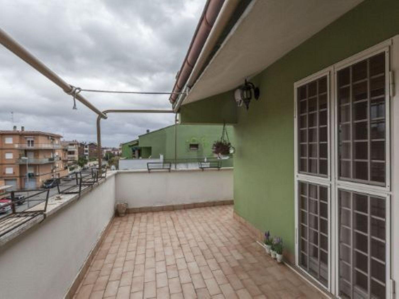 Attico / Mansarda in vendita a Cerveteri, 3 locali, prezzo € 100.000   PortaleAgenzieImmobiliari.it