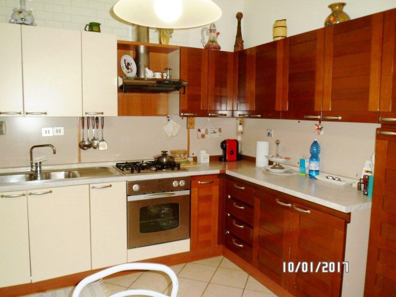 Appartamento in vendita a Imola, 4 locali, prezzo € 145.000   CambioCasa.it