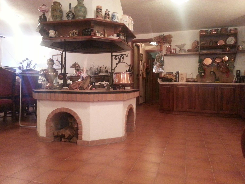 Soluzione Indipendente in vendita a Muggia, 8 locali, prezzo € 465.000 | CambioCasa.it