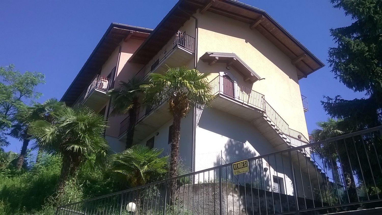 Appartamento in vendita a Gemonio, 2 locali, prezzo € 115.000 | Cambio Casa.it