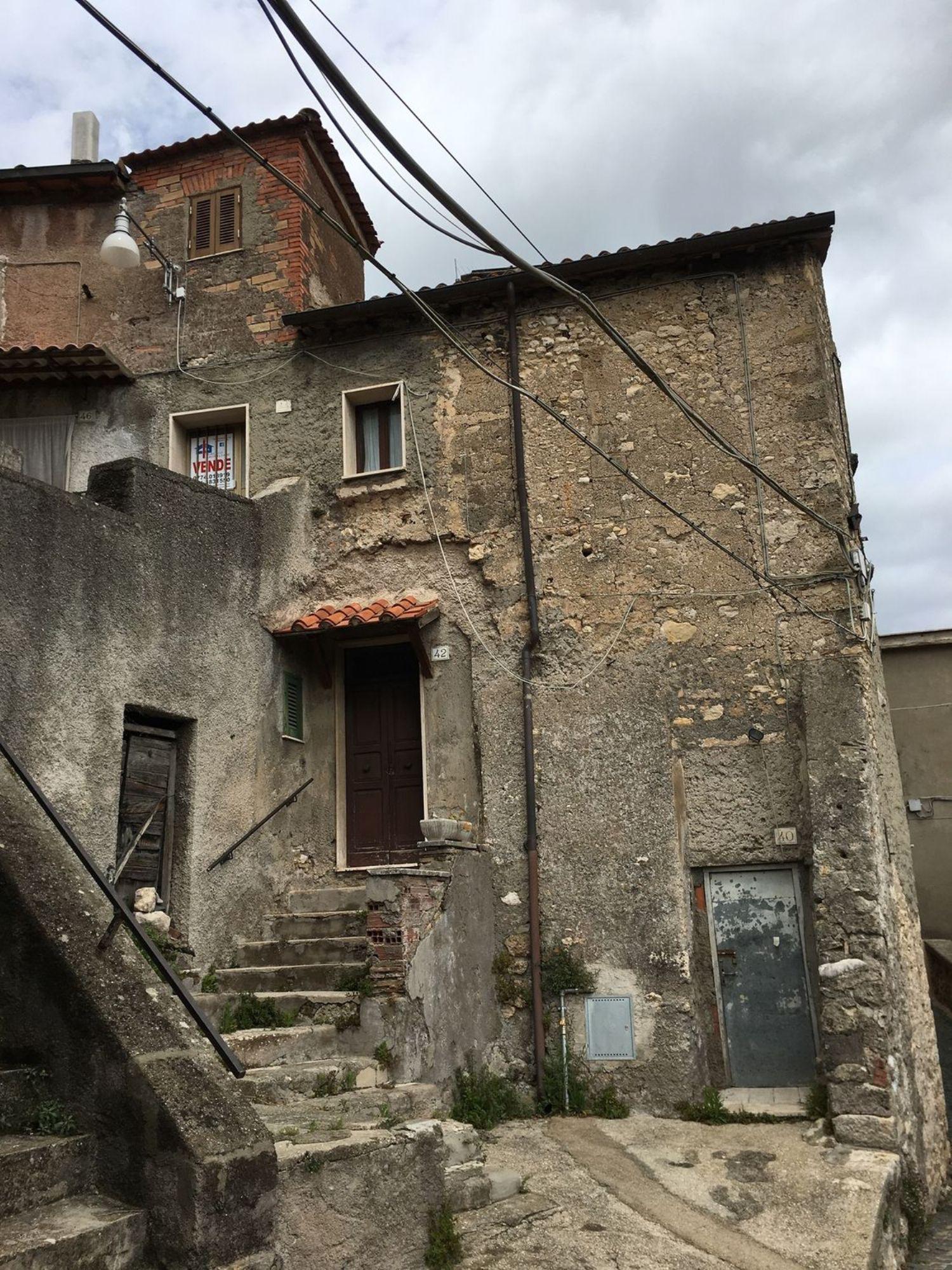 Appartamento in vendita a Subiaco, 3 locali, prezzo € 18.000 | CambioCasa.it