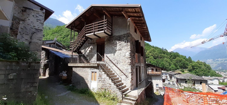 Villa Bifamiliare in vendita a Piateda, 5 locali, prezzo € 55.000 | PortaleAgenzieImmobiliari.it