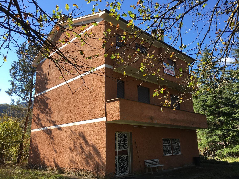 Villa Bifamiliare in Vendita a Agosta